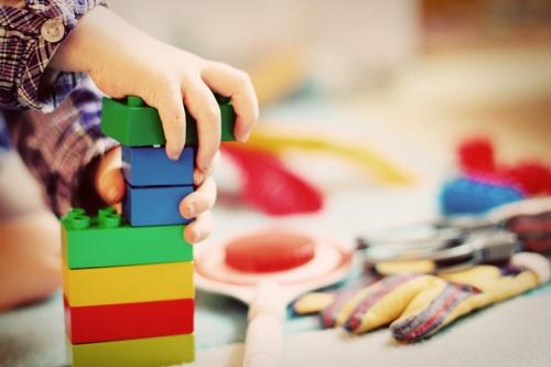 giochi ad incastro ed i benefici per bambini