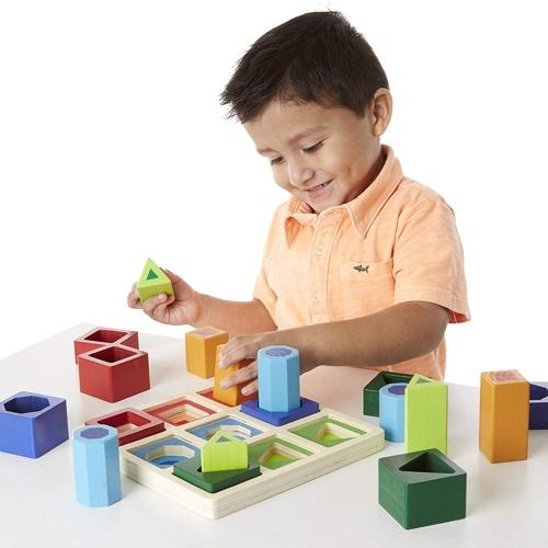 gioco geometrico ad incastro