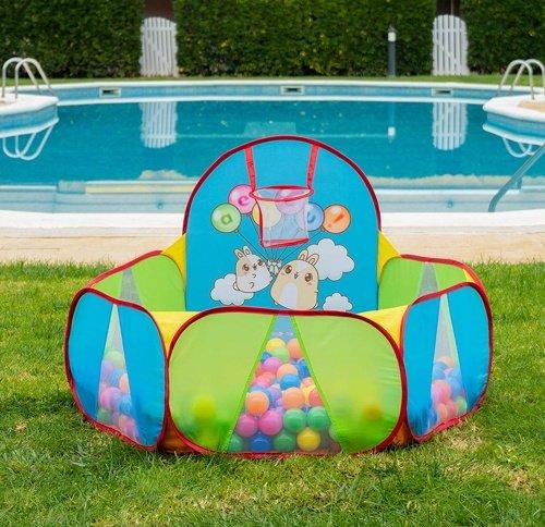piscine di palline con canestro da basket