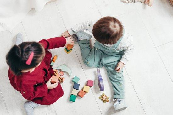 i benefici delle attività e dei giochi montessoriani